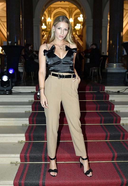 Modelka Karolína Mališová