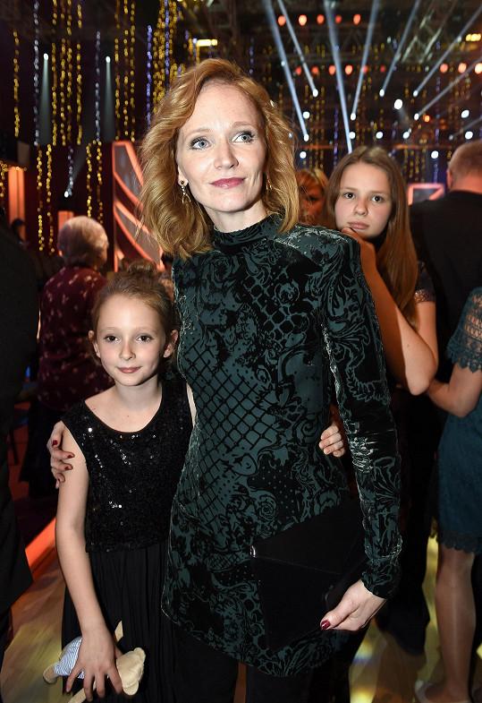 Aňa Geislerová s dcerou Stellou a neteří.