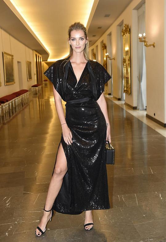 Denisa Dvořáková na finále soutěže Schwarzkopf Elite Model Look