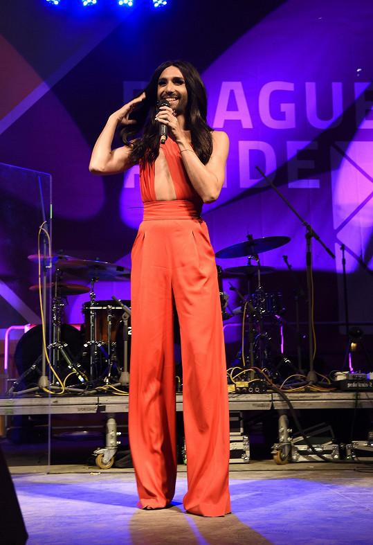 Vítězka Eurovize před časem vystoupila i v Praze.