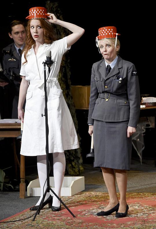 Veronika Žilková má několik rolí.