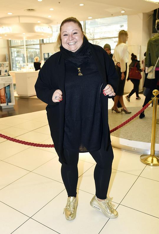 Aneta Christovová zevnějšek příliš neřeší, sází na to, že je Genzer v sukni.