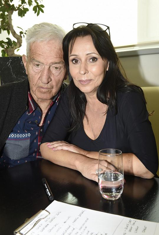 Doprovodil ji manžel Ivo Pavlík.