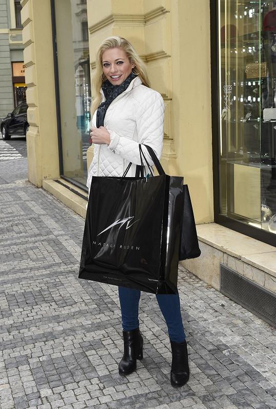 Borhyová si také vybrala róbu na multimediální show Natali Ruden pod názvem MY WAY, která se uskuteční 14.1.2016. Je to první přehlídka návrhářky, na kterou je možné si koupit vstupenky.
