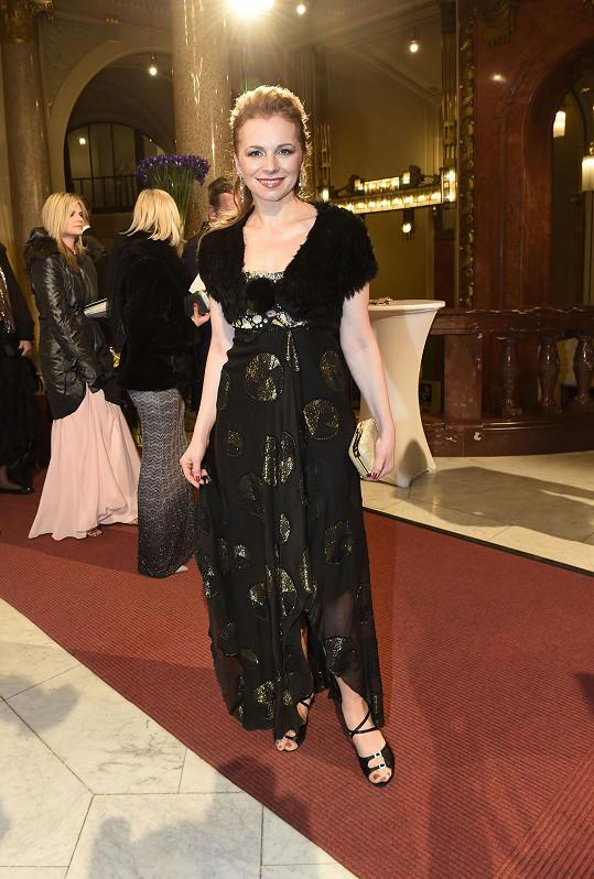 Další operní pěvkyně Martina Kociánová byla decentnější.
