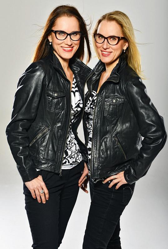 Pod seriálem jsou podepsány sestry Jitka a Kateřina Bártů.