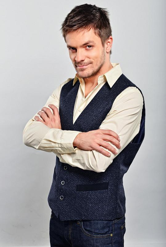 Do role Filipa byl původně obsazen Jiří Mádl.