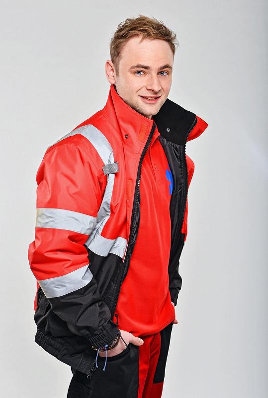 Jakub Štěpán hraje v seriálu záchranáře.