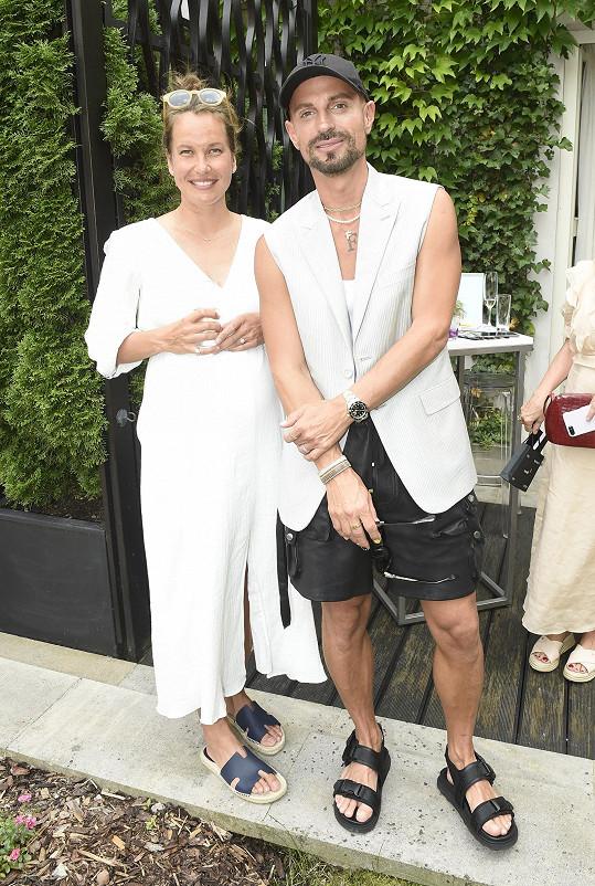Na akci v hotelu Mandarin Oriental se potkala i s kamarádem Filipem Vaňkem.