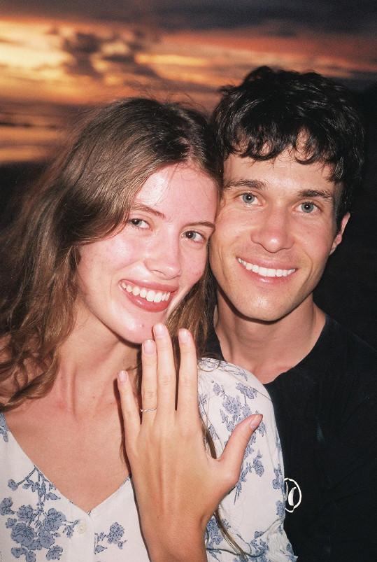 Zasnoubili se po čtyřech letech vztahu.
