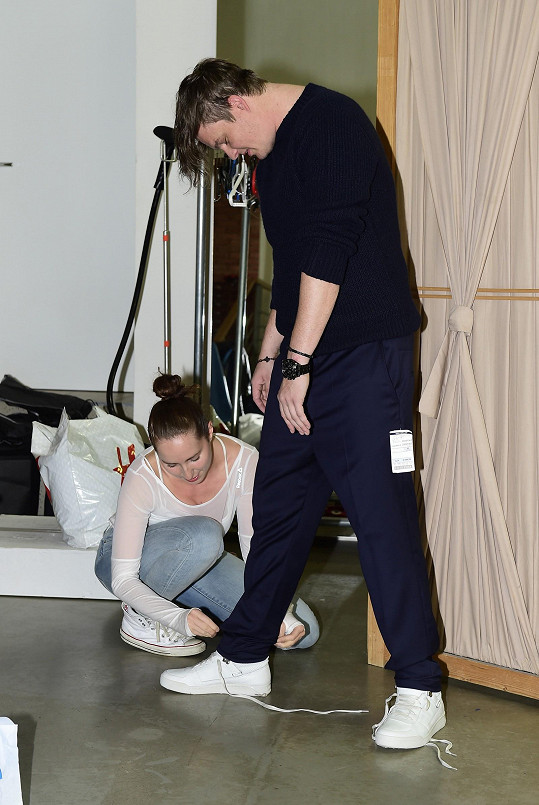 Kazma o sebe nechal pečovat stylistkou Karin Dimitrovovou.