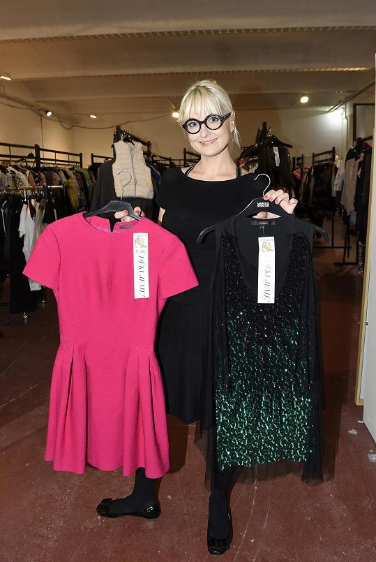 Bára pořádá Bazaar Charity už podesáté. Loni se vybralo 490 tisíc korun, za deset let už pro dobrou věc vybrala přes 5 miliónů korun.
