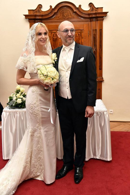 Pár měl valentýnskou svatbu v roce 2015
