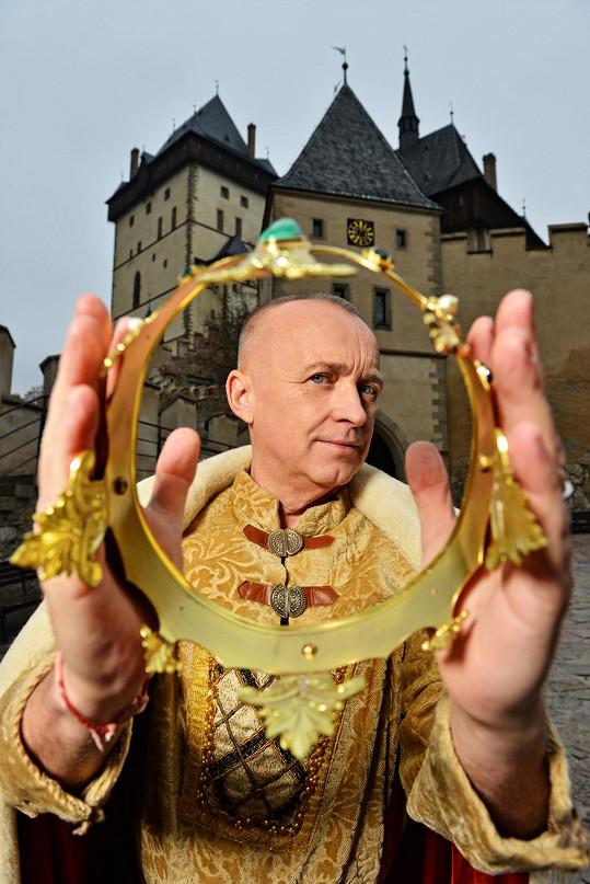 Karel Voříšek si vyzkoušel kostým Karla IV.