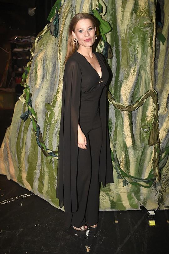 Michaela Gemrotová se také alternuje v roli Jane.