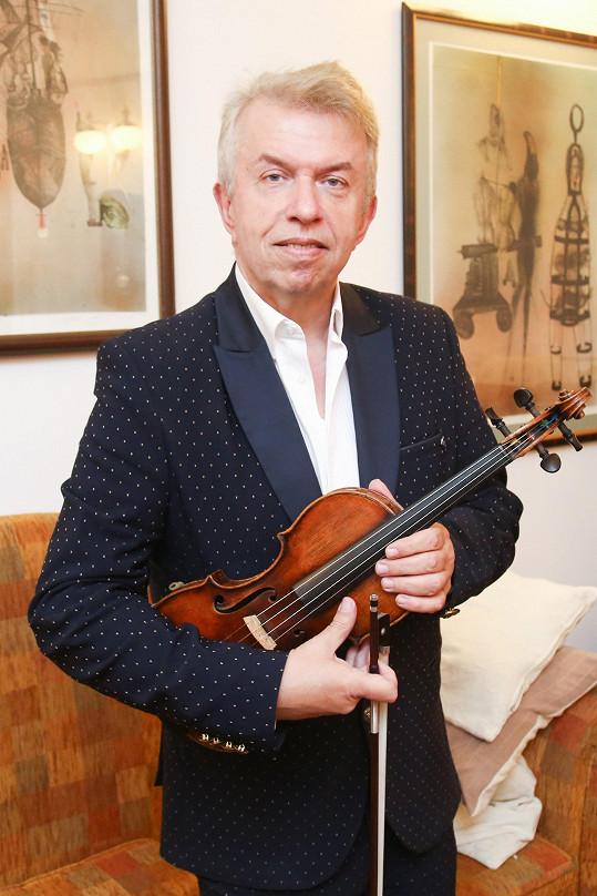 Jaroslav Svěcený se po zdravotních problémech vrátil plný chuti do práce i do života.