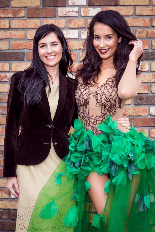 S autorkou národního kostýmu Marií Starou.