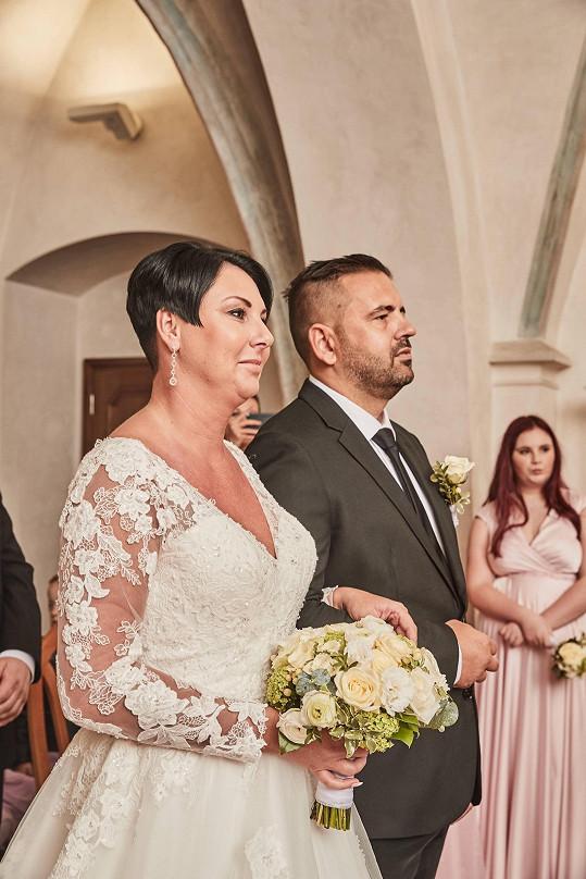 Šéfkuchař a porotce z pořadu MasterChef se oženil v pátek 13.