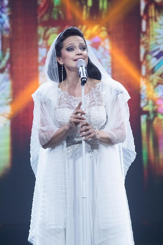 Podobnou show zpěvačka přiveze za rok do Prahy.