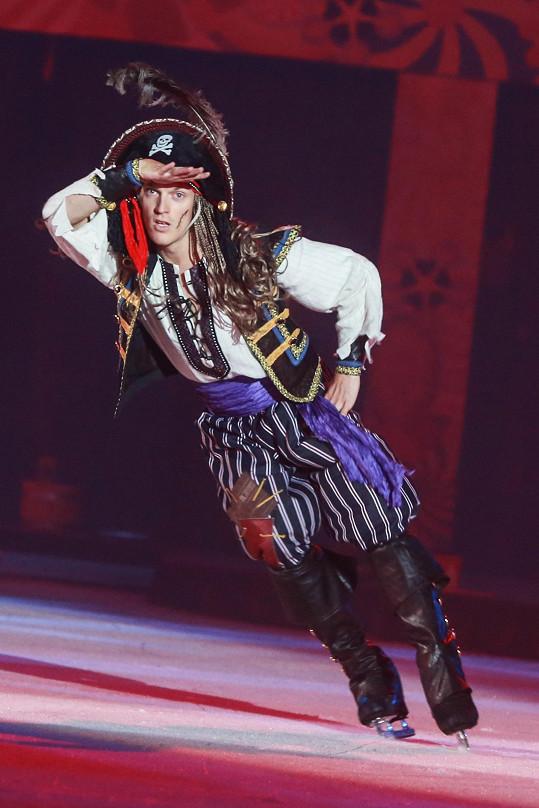 Tomáš převlečený za piráta