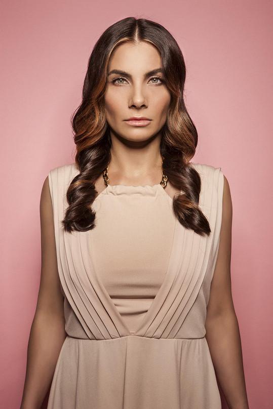 Eva Decastelo bude moderovat nový televizní magazín New Look.