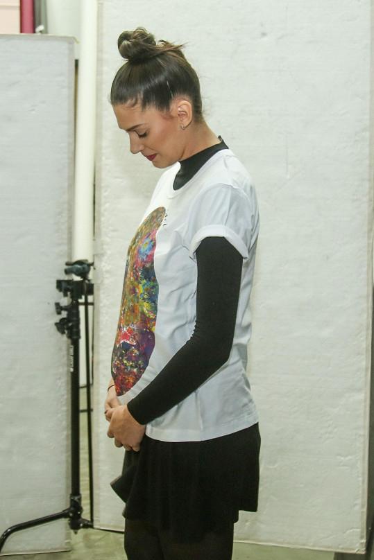 Modelka se pochlubila těhotenským bříškem.