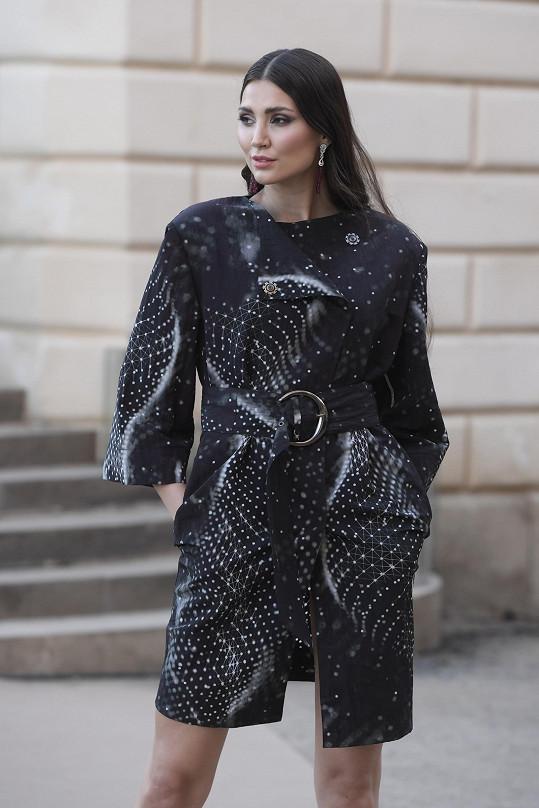 Přehlídka Natali Ruden se konala na terase průhonického zámku a nesla se v duchu Viva La Vita.