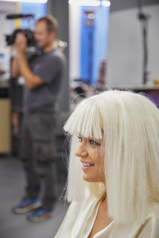 Jitka Boho jako zpěvačka Rita Ora