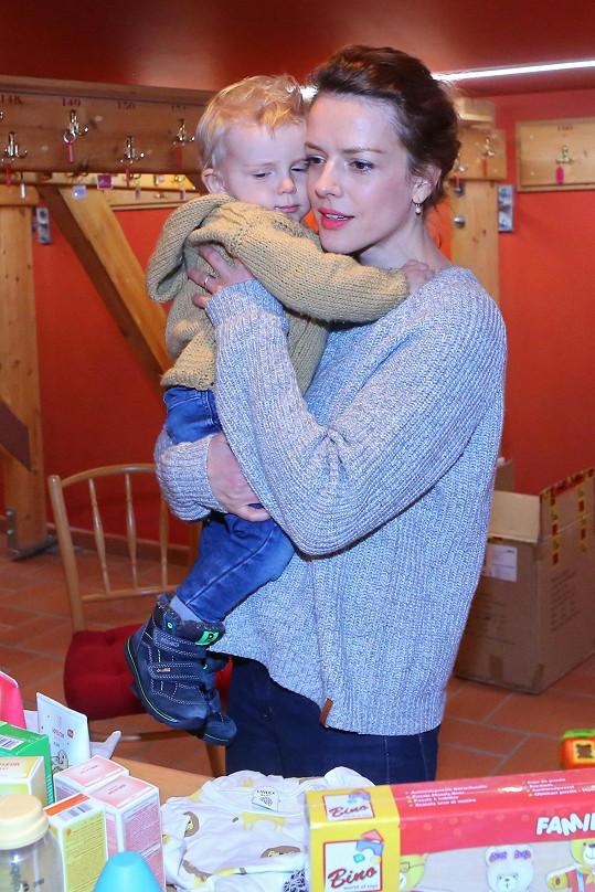 Andrea se synem Tobiášem
