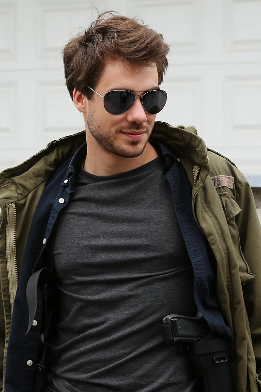Patrik Děrgel hraje detektiva v seriálu VIP vraždy.