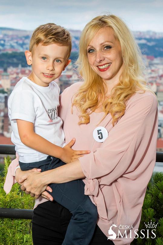 Lucie Rychlá se synem