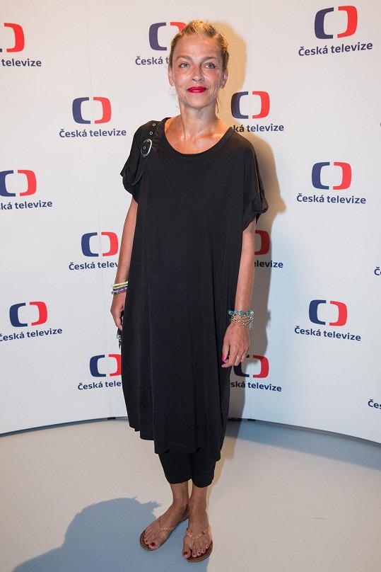 Lucie si zahrála již v několika zahraničních produkcích.