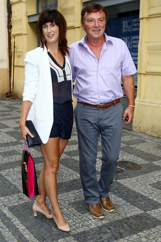 Pavel Trávníček s přítelkyní Monikou plánují svatbu.