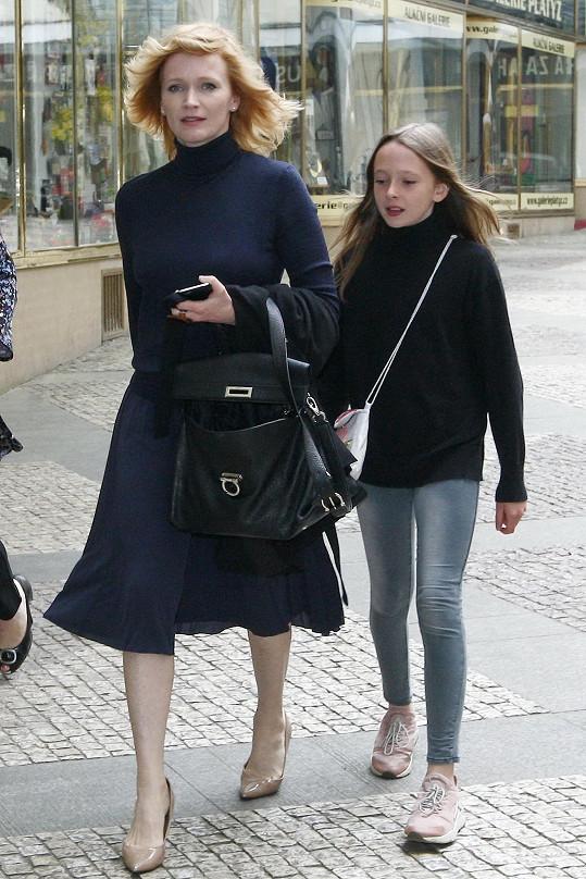 Stellu s sebou Aňa vzala na tiskovou konferenci ke zlínskému filmovému festivalu.