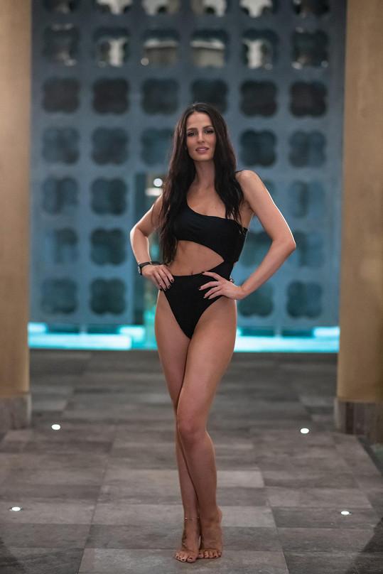 Hana v rakouských lázních předvedla své dokonalé tělo.