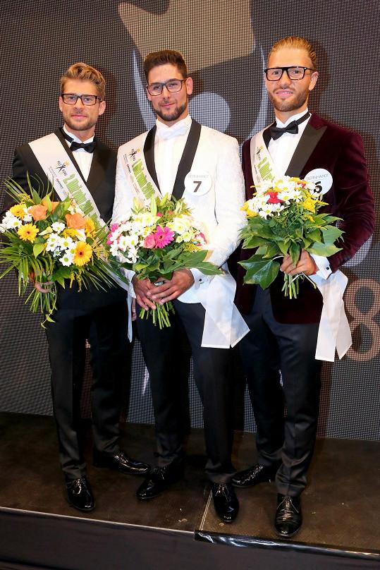 Jiří Kmoníček (uprostřed) s druhým Jakubem Kochtou (vlevo) a třetím Jakubem Jurčákem