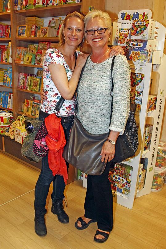Kristina Kloubková s maminkou