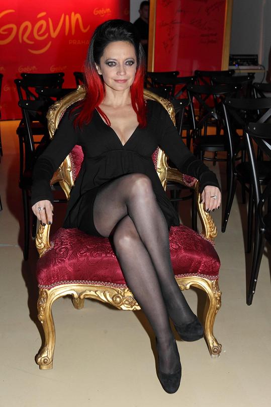 Lucie Bílá opět odhalila sexy nožky.