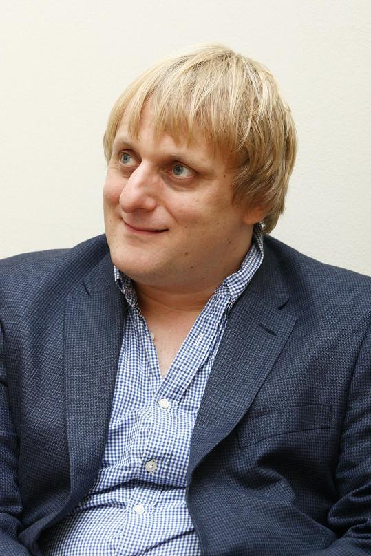Herec a komik, člen partičky Na stojáka, napsal pohádku, která je mixem několika známých pohádkových příběhů.