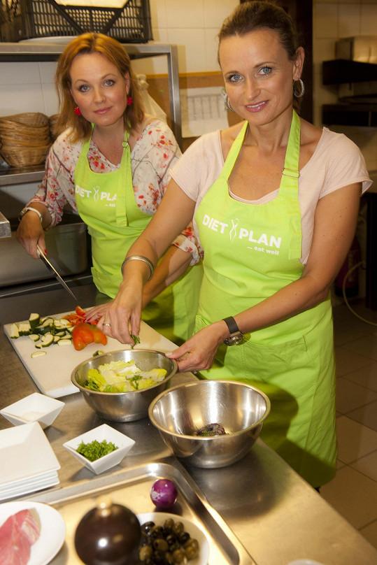 Jana se učí vařit zdravá jídla s Kamilou Špráchalovou.