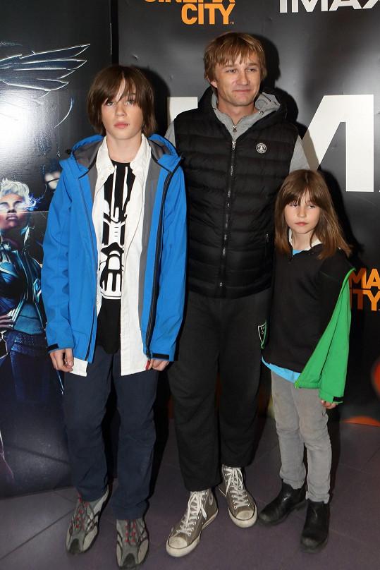 Kryštof Michal s dětmi Eliášem a Elsou