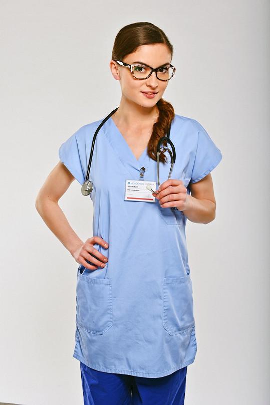 Eva Josefíková hraje lékařku Lucii Krutinovou.