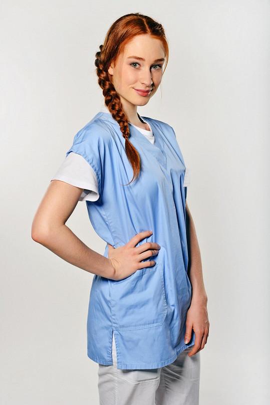 Zatím největší roli Halouzková získala v Sestřičkách.