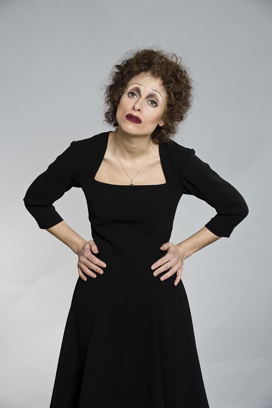Převtělila se také do Edith Piaf.