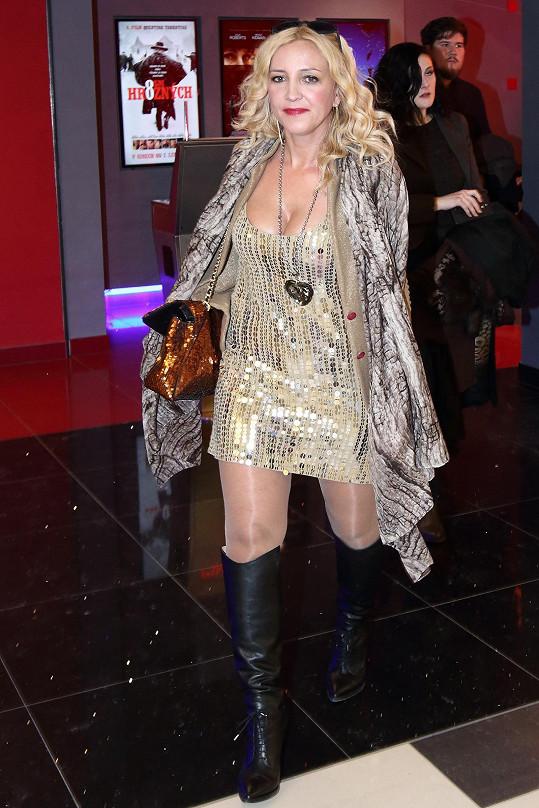 Mirjam Landa v minulosti nosila opravdu hodně výrazné outfity.