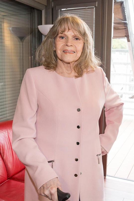 Eva Pilarová odešla po vleklých zdravotních problémech.
