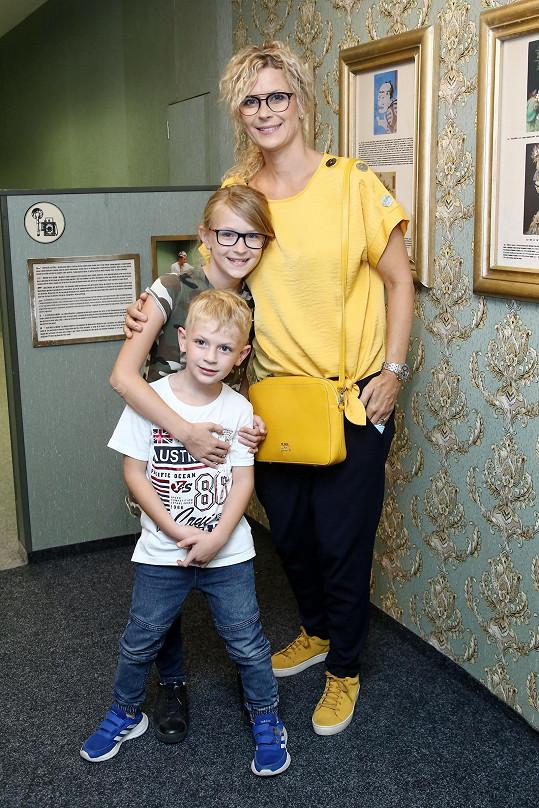 Kateřina Stočesová přiznala dceru až měsíc po porodu.