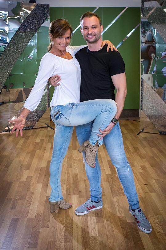 Tanečním partnerem Olgy Šípkové je Marek Dědík.