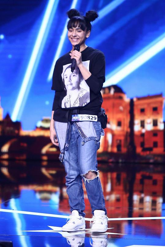 Mladá rapperka vystoupila před Jiřinou Bohdalovou.