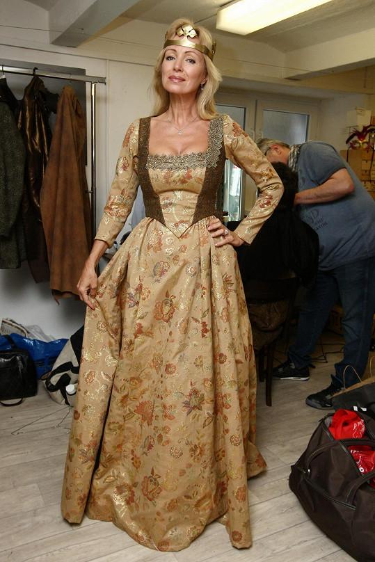 Ve filmu se objeví také Kateřina Brožová.